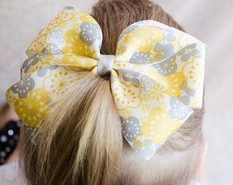 Hair Bow - Yellow Flower Print Pinwheel Bow