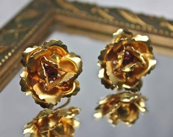 Vintage Rose Shaped Gold Tone and Violet Rhinestone B.N. Screwback Earrings, c1950s, VTG B.N. Earrings, 3D Rose Shaped Earrings