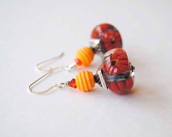 Red Flower Earrings, Daisy Earrings, Lampwork Bead Earrings, Bright Colorful Earrings, Beaded Dangle Earrings, Gift for Her, Floral Earrings