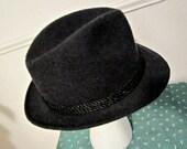 Fedora, Dobbs Fifth Avenue bonnet de laine, de laine taille 7 1/8 Fedora