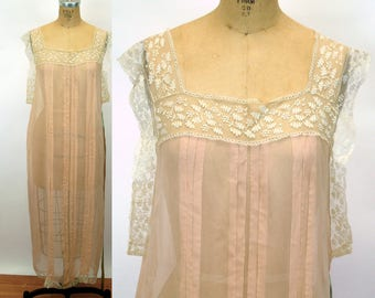 1920s nightgown night dress peach silk crepe sheer lace trim pintuck pleats loose fitting double sided ribbon Size M/L