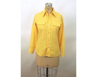1970s Levi's shirt yellow linen western shirt cowgirl shirt Size M