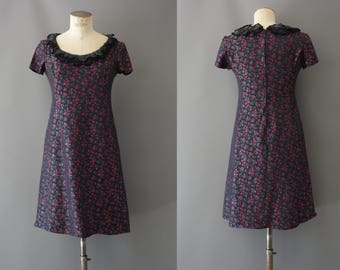 Rory dress | Dark floral embroidery fitted dress | 1990's by cubevintage | small to medium