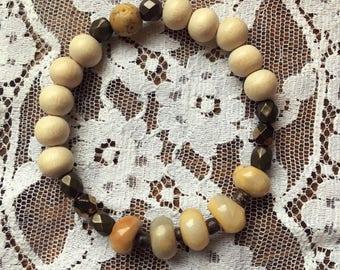 Beaded Cream Wood and Gemstones Bracelet