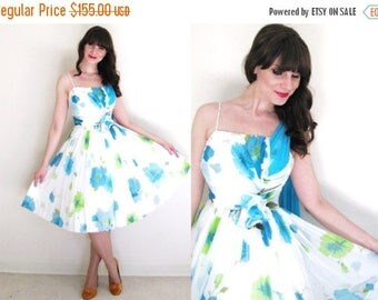 ON SALE 1950s Dress / 50s Dress / 50s Floral Chiffon Party Dress