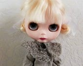 Ruffly Wool Capelet for Blythe, Grey/Brown Tweedy Handspun Wool with Vintage Glass Button