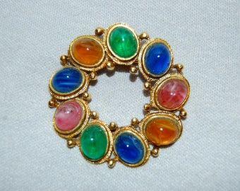 Vintage / Weiss / Brooch / Rhinestones / Multicolor / designer / signed / old jewelry / jewellery