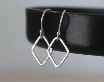 Dainty Geometric Earrings, Hammered Tiny Minimalist Earrings, Sterling Silver Wire, Diamond Shaped Earrings