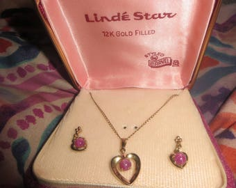vtg  linde star pink  sapphire necklace that is 12k  gold fill.necklace and earrings   in box