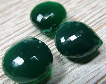 Green Onyx Teardrop Beads 15mm 14mm and 12mm Kelly Green Faceted Heart Briolettes - Multi Options