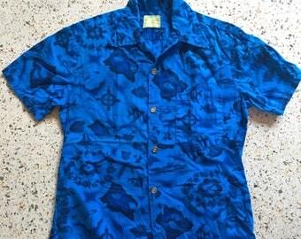 1950's Hawaiian Shirt / Ui-Maikai / Tiki Oasis/ Viva Las Vegas / Novelty Printed Blue Hawaii Shirt / Button Up shirt / Cotton Shirt