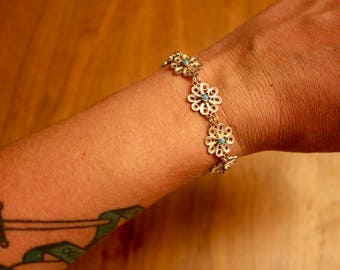 Sterling silver Bohemian filigree flower motif bracelet