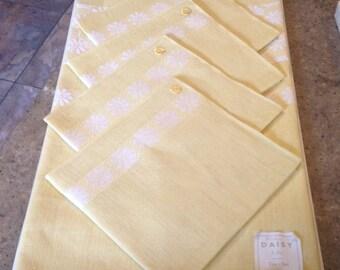 Vintage Belgium Yellow Daisy Linen Tablecloth Napkin 5 Piece Table Set Unused Labels