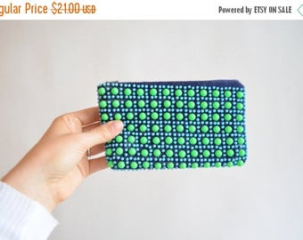 25% off Storewide // Vintage 1960s BEADED coin purse