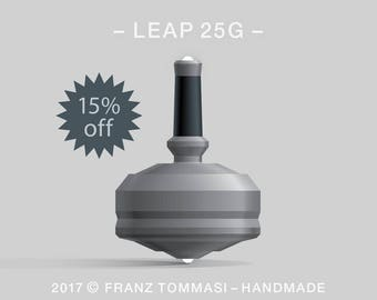 LEAP 25G Gray – Spin top with dual ceramic tip and rubber grip