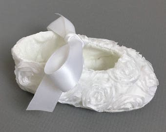 White Baby Girl Shoes // flower girl toddler girls shoes white baptism shoes baby girl christening shoes - Rosie