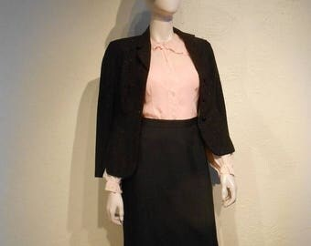 WW2 ENDS SALE Ms. Roger's Rendezvous - Late 1930s Shell Pink Crepe de Chine Blouse w/Ruffle Collar Cuffs - 6/8
