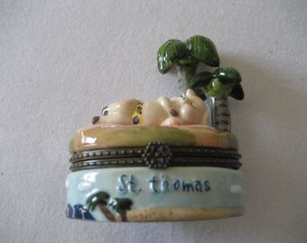 charming small Battersea type enamel box St. Thomas pig