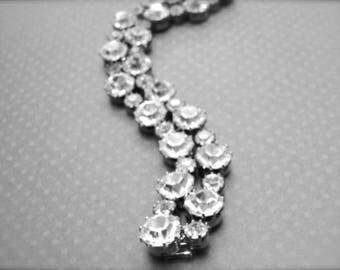 Rhinestone Bracelet / Vintage Jewelry / Wedding Bracelet / Vintage Rhinestone Bangle / Bridal Rhinestone Bracelet / Gift for Her / Accessory