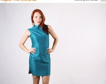 On SALE 35% Off - 1960s Teal Cheongsam Dress  - Vintage Chinese Dress  - The Peacock's Pride Dress  - 5106