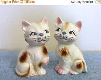 CLEARANCE Cat Salt and Pepper Shakers - Ceramic Japan Kitty Cat Shakers Retro Collectible Kitchen Kitsch