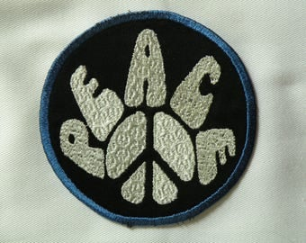 """Peace Iron on Patch 4"""""""
