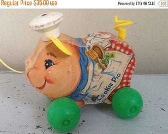 Summer Sale Vintage Fisher Price Pig Pull Toy, Fisher Price Cookie Pig Pull Toy, Vintage Nursery / Antique Toy / Pull Toy / Vintage Pull Toy