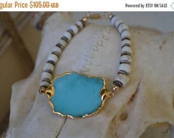XMAS IN JULY Turquoise & Bone Beaded Bracelet