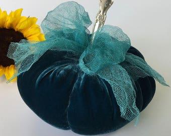 Velvet Pumpkin - TEAL Green/Blue - with vintage silver stem