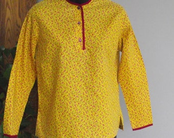 Mid Century Carol Brent Yellow Red Paisley Long Sleeve Button Front Tunic Blouse Shirt Top Boho Hippie Mod Resort Cottage Chic 1950's-60's