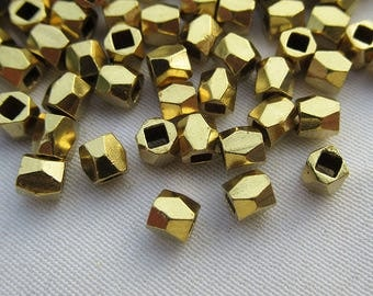 50pcs Tiny Faceted Brass Beads 3mm Facted Bead s101