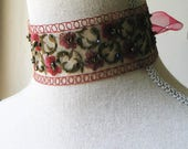 Romantic Outlander Inspired Green and Red Choker, Vintage style