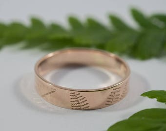 Rose Gold Fern Wedding Band: A large 5mm wide 9ct rose gold wedding band