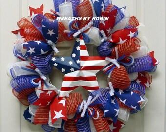 RWB Star Wreaths, Patriotic Wreaths (2818)