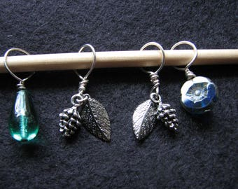 Stitch markers | knitting | crochet | nature inspired | silver pine cone | glass | flower