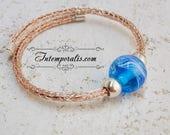 Bracelet tissé et perle en verre de Murano bleu filée au chalumeau, OOAK, SABRVI12