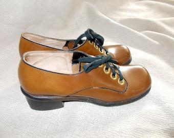 Caramel Brown CHUNKY Vintage 1960's MOD Women's Shoes 7.5 Narrow