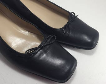 Coach Shoes, Black Leather Flats, Slip on, Loafers, Vintage Shoes, size 8