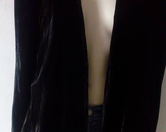 Long black velvet jacket/Vintage
