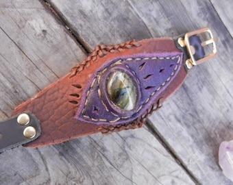 Leather Bracelet With Labradorite
