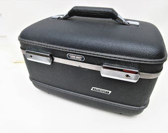 Vintage Train Case   American Tourister Luggage   Toiletry Case   Gray Train Case   Original Key   Makeup Tray - As Is
