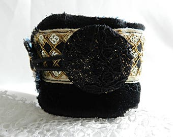 Black cuff bracelet with gold lace, with lace button