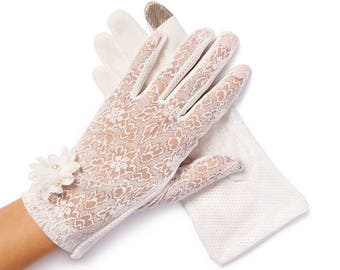 Lulu White Pearl & Daisy Sheer Summer Gloves