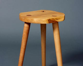 Live edge stool - Maple