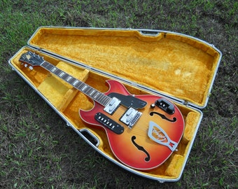 Goya Rangemaster, Vintage Mid '60s, Italy, Nice Condition & Plays Great! Original Hard Shell Case!