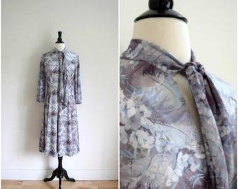 SALE Vintage grey romantic floral tie neck dress / long sleeved scarf neck dress / retro gray violet pattern dress