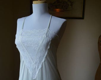 Vintage White Lace Long Nightgown Size Small By Gilead