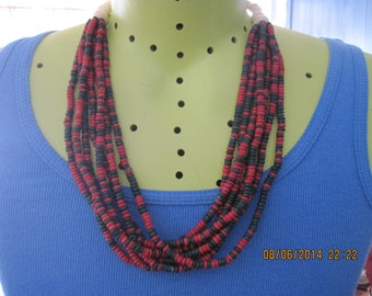 Vintage African Inspired White Bead w/ Black & Red Heshi Style BIG and BOLD Necklace...6917....Everyday/Special Times