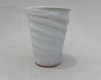 White Pottery Vase - Terracotta Handmade Ceramic Flower Vase Earthenware