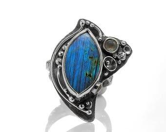 MORSKA PIEŚŃ - Sterling silver ring with labradorite